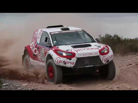 El ACCIONA 100% EcoPowered hace historia en el Dakar 2017