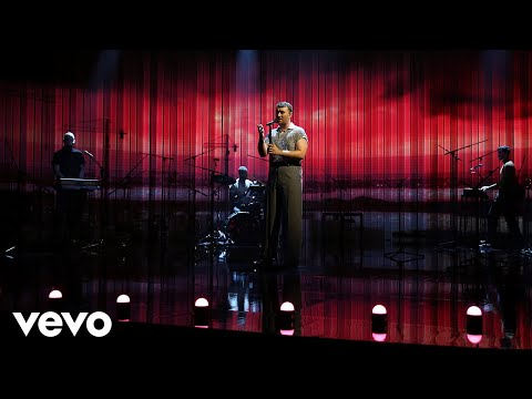 Sam Smith - To Die For (Live On Graham Norton)