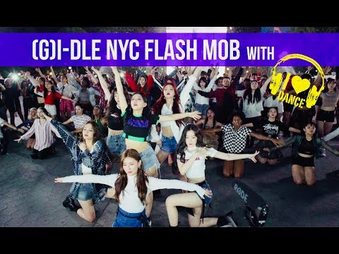 (G)I-DLE NYC FLASH MOB with I LOVE DANCE