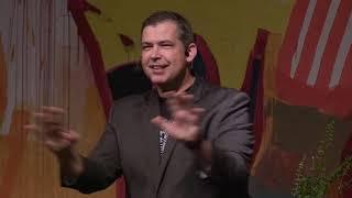 O que aprendi sobre sucesso e felicidade largando um emprego milionário   Allan Costa   TEDxRebouças