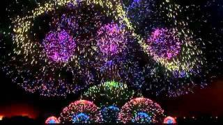 Màn trình diễn pháo hoa đẹp có một không hai trên thế giới - Nhạc Hay