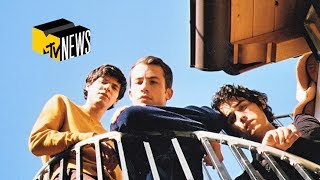 Wallows Perform 'Remember When', 'Are You Bored Yet?', & More (Live Performance)   MTV News