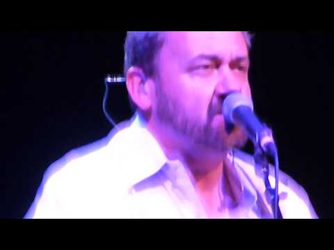 Baixar Hey Brother performed by Dan Tyminski and Jerry Douglas