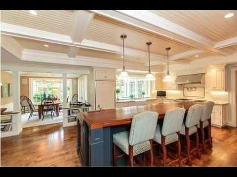 124 Dover Road, Wellesley, MA - Listed by Debi Benoit