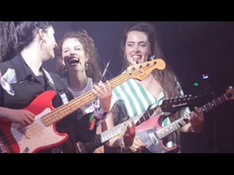 Hinds - Chili Town (LIVE at The Echoplex)