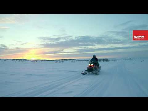 Avventure in motoslitta nella Norvegia artica