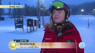 Reportern gör det förbjudna i skidbacken – under pågående livesändning - Nyhetsmorgon (TV4)