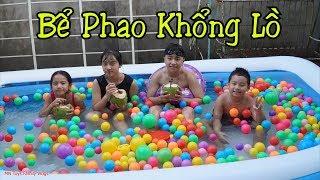 Tạo Sóng Biển Nhân Tạo Với Bể Bơi Khồng Lồ - Vừa Tắm Bể Phao Vừa Uống Nước Quả Dừa Mát Lạnh