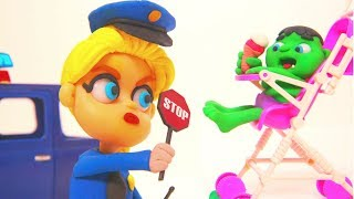 FROZEN ELSA POLICE STOPS BABY HULK ❤ Superhero Babies Play Doh Cartoons For Kids