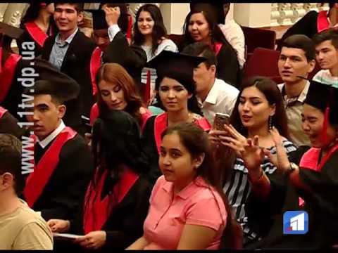 У Дніпровському національному університеті 69 іноземців отримали дипломи