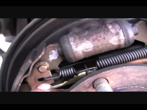 Rear Brakes Shoes 2002 Mitsubishi Eclipse Youtube