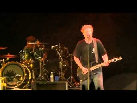 The Offspring - You're Gonna Go Far, Kid & The Kids Aren't Alright (Live @ Summer Sonic 2010)