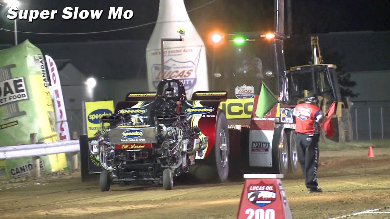 "Tractor Pulling Slow Mo Recap 2013: ""Dirtslinger"" Super Modified Tractor - Smashpipe Autos"