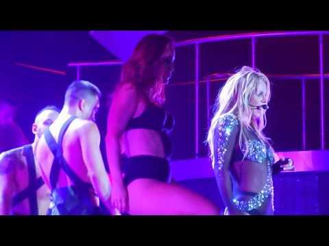 I'm A Slave 4 U【Britney : Live In Concert】6/4 Tokyo Japan