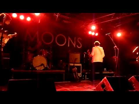 The Moons - jam/Nightmare Day & Don't Go Changing @ Roadmender