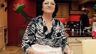 How to Make Rita's Christmas Ravioli in Brodo | Pasta Grannies