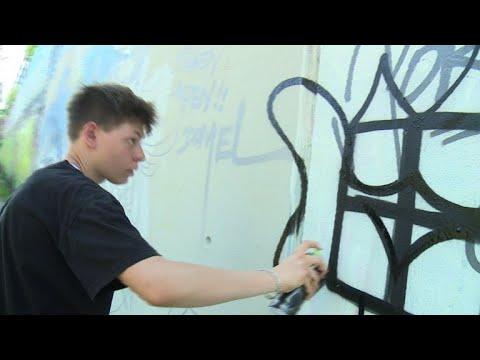مبادرة شبابية في برلين للتصدي لانتشار الشعارات النازية بالإبداع