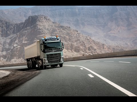 Volvo Trucks - 5 tips for conquering a hill like a fuel champ