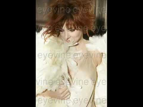 Looking For My Name - Mylène Farmer & Moby (?)