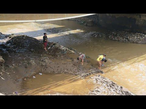 Plastic litter in Citarum river, Indonesia (NIVA project ASEANO)