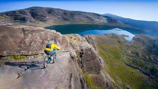 Bikers Rio Pardo | Vídeos | Danny Macaskill desce trilhas super inclinadas