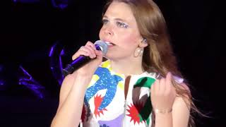 """1/3 Maggie Rogers Tears Up During """"Back In My Body"""" @ Red Rocks Amphitheatre, Morrison, C 5/28/18"""