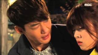 [Mom] 엄마 23회 - Tae-sung,surprise kiss Do-hee front of han-na! 20151121