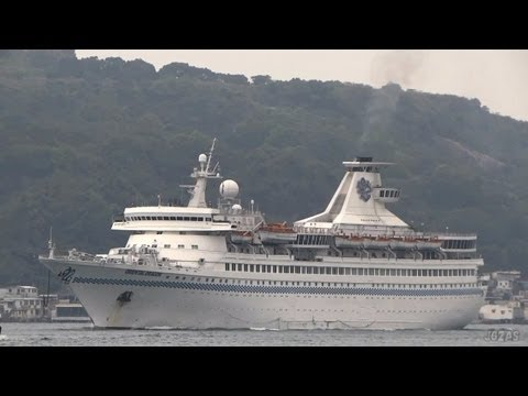 [船]ORIENTAL DRAGON Cruise ship 大型客船 Arriving Hong Kong 香港入港 2013-APR