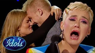 Katy Perry Breaks Down After SHOCKER on Stage | Idols Global