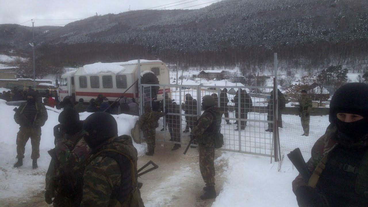 Силовики оцепили мечеть в Кисловодске