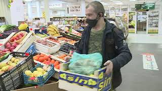 Омичи стали массово скупать в аптеках витамины