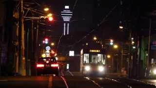 夜の路面電車2014 ( DMC-GH4 ,100-300mmで撮影)