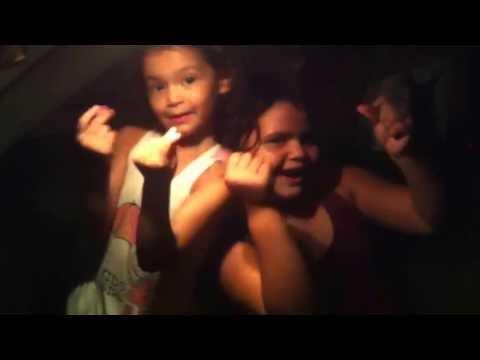 Baixar Maria Eduarda e Maria Clara Cantando Coisa Linda de Mc Maiquinho