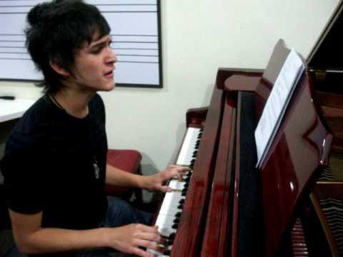 loco en piano version acustica por juan sebastian silva martinez