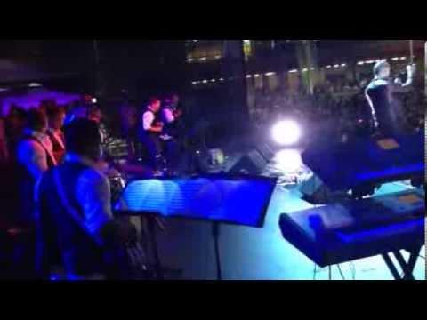 Victor Manuelle - Me Llamaré Tuyo (live)