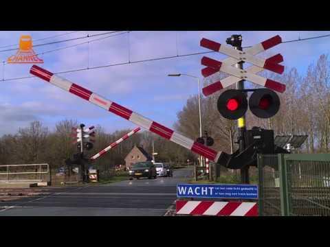 DUTCH RAILROAD CROSSING  - Culemborg - Zeedijk photo