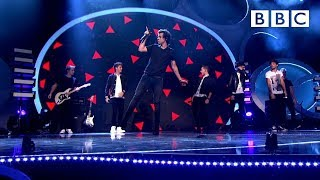One Direction performs Best Song Ever   BBC Children in Need - BBC