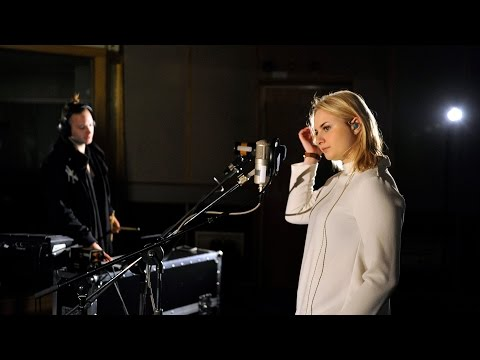 Låpsley - Falling Short (Maida Vale Session)