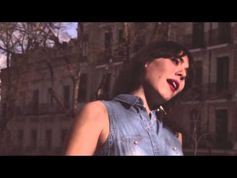 Miryam LaTrece & Paco Cinta - No lo sabe [Al aire de la calle #TEASER]