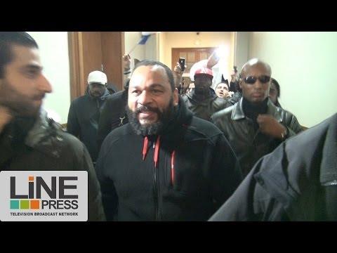 Dieudonné jugé au tribunal correctionnel (affaire Saïd Bourarach)  / Paris - France 13 décembre 2013