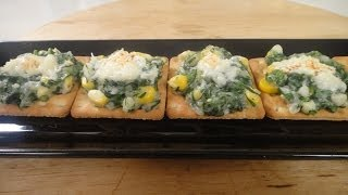 Spinach and Corn Crackers