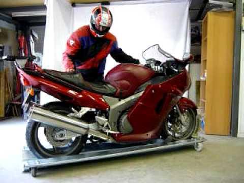 support moto sur roulettes equipement. Black Bedroom Furniture Sets. Home Design Ideas