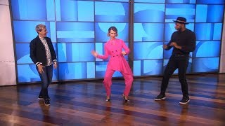 Exclusive: Sarah Paulson, Ellen, and tWitch Dance During a Commercial Break
