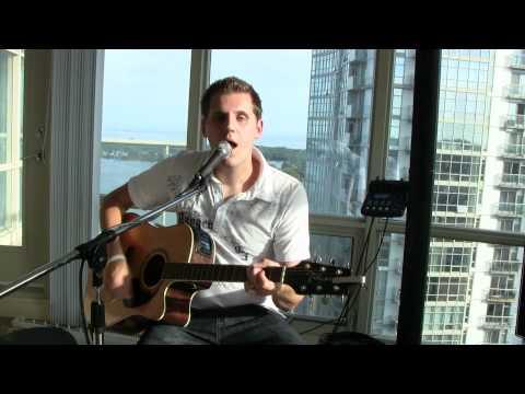 Baixar Tom Cochrane / Rascal Flatts - Life is a Highway (John Tayles live acoustic cover)