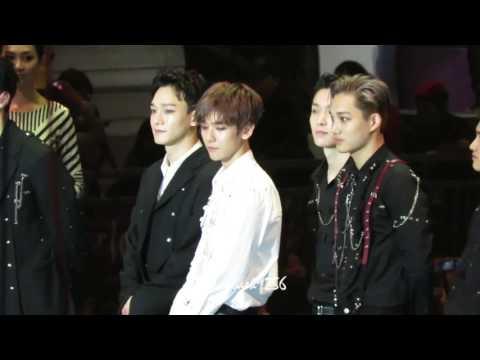 161202 MAMA 2016 EXO winning daesang Album of the year BAEKHYUN focus