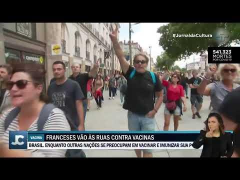 Franceses vão as ruas para protestar contra passe obrigatório da vacina