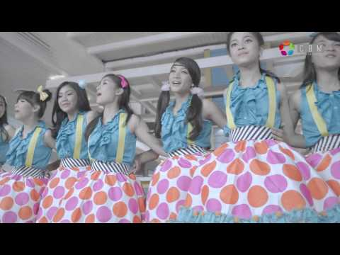 Teenebelle - Tersenyumlah [Official Music Video]