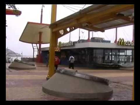 MALECON DE GUAYAQUIL ECUADOR