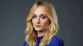 Sophie Turner Cries & Opens Up About Depression In Emotional Video