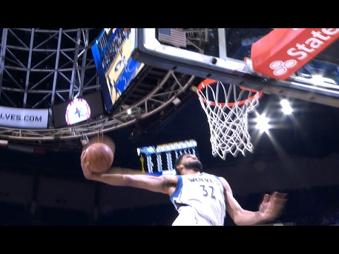 Karl-Anthony Towns Jams the Windmill vs. the Magic | 01.30.17